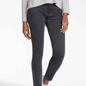 DL1961 Farrow Ankle High Rise Skinny (Magma)